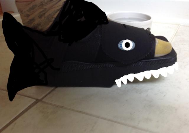 k's shark foot